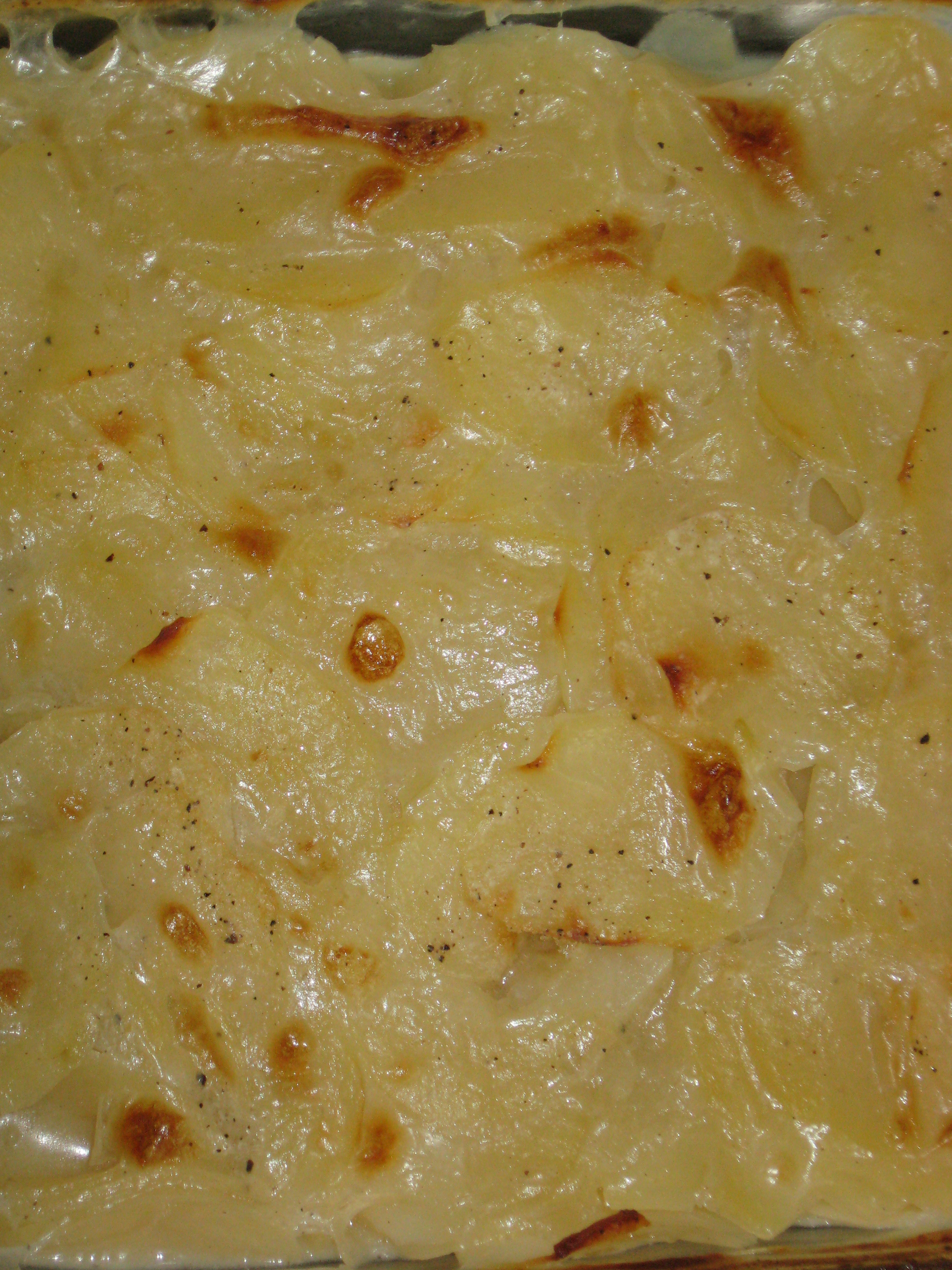 Gluten free and dairy free scalloped potatoes