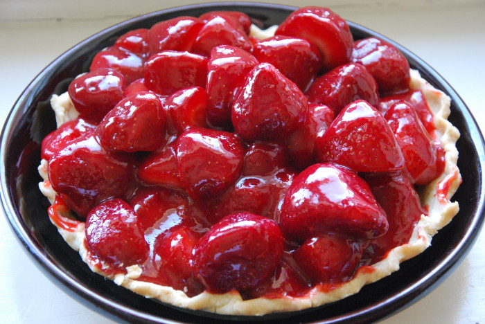 gluten free fresh strawberry pie